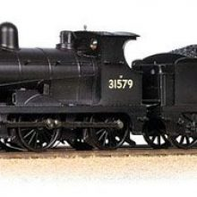 Review: 31-465 Bachmann OO – Class C Wainwright 0-6-0 31579 in BR black with late crest